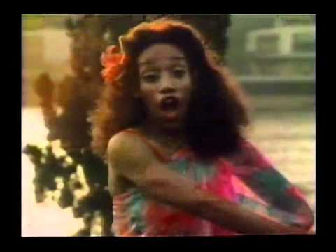 Download SISTER SLEDGE - WE ARE FAMILY (1979) OFFICIAL VIDEO HD Mp4 3GP Video and MP3