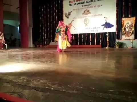 Video Mai na pehnu thari chunari Rajasthani folk by Swati Gupta download in MP3, 3GP, MP4, WEBM, AVI, FLV January 2017