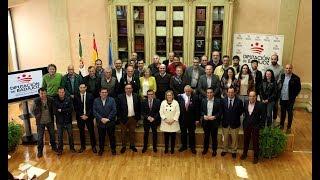 Firma del convenio 2019 con las federaciones deportivas de Extremadura