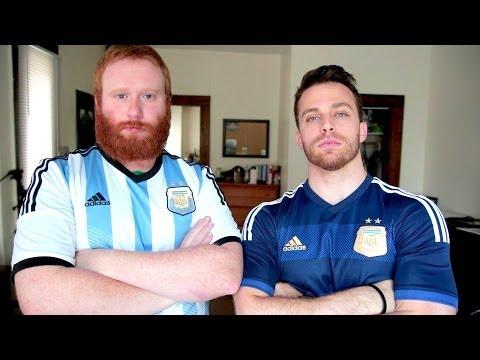 Dos estadounidenses hinchando por Argentina