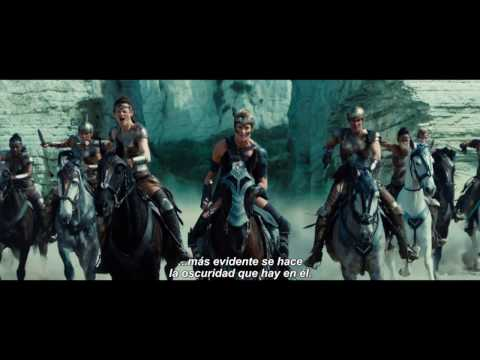 Wonder Woman (International TV Spot 'Defend')