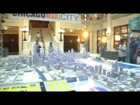 Touring Chicago on a miniature scale