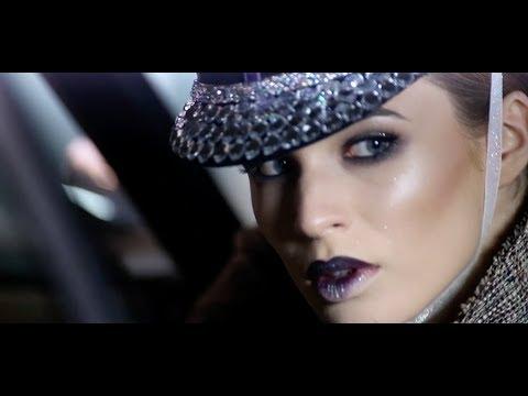 Make-Up Studio – Evening metallic glam (backstage)