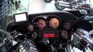 1. Harley Davidson CVO 2011 Flhtcuse6 Ultra Classic Electra Glide