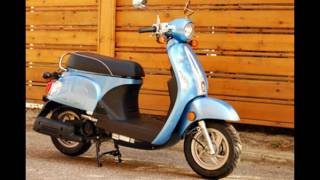 8. 2016 Kymco Compagno 110i Light Green