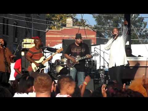 Donnie McClurkin - Days of Elijah LIVE in Chicago