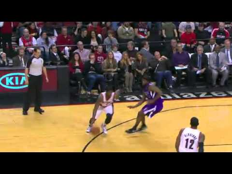 Wesley Matthews dunks on the Kings