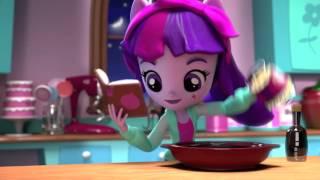 MLP Equestria Girls Minis - Pinkie Pie's Slumber Party Twilight Sparkle