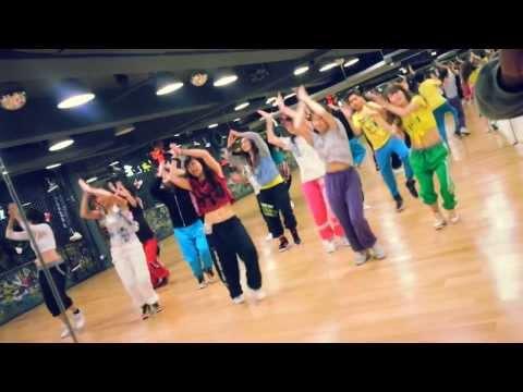 Raghupati Raghav / Krrish 3 Choreographed by Master Ram