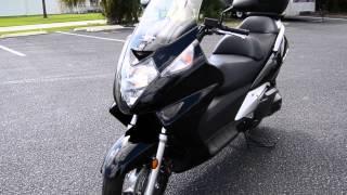 10. 2013 Honda Silver Wing® ABS - U100222