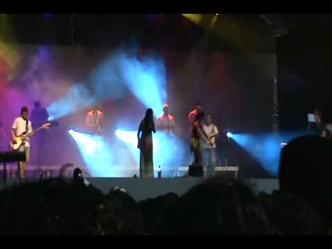 Carnaval em macau 2011 - forró do muido simone e simara na boquinha da garrafa [2]