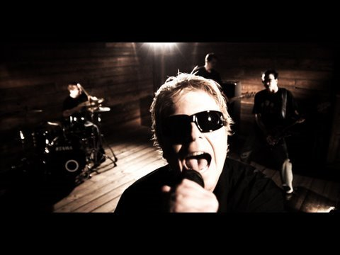 The Offspring - Stuff Is Messed Up