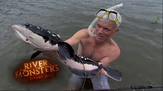 Catching A Giant Snakehead - River Monsters