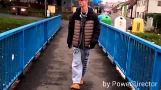 Video CHAOSS - VZPOMÍNKY (Off-Klip 2015) - ( SE!N )