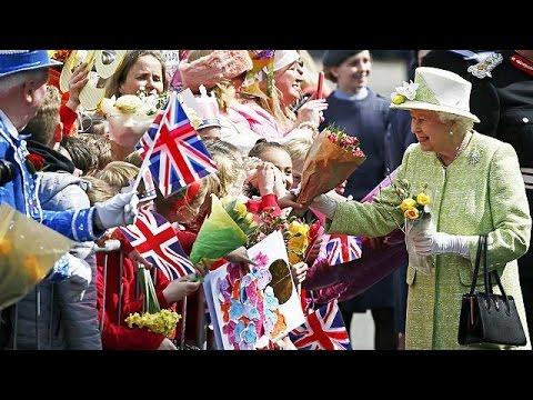 Βρετανία: Εορτασμοί για τα 90ά γενέθλια της βασίλισσας Ελισάβετ