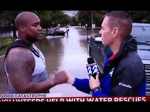 Reporter Nails Handshake