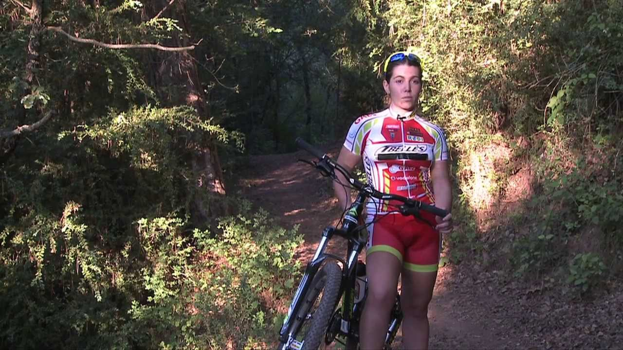 EVASIÓN TV: la mountain bike ideal para la mujer con Anna Villar
