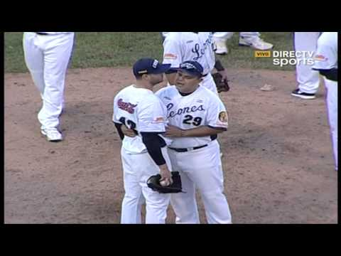 Álex Cabrera y Armando Galarraga se fueron a las manos luego de pelotazo