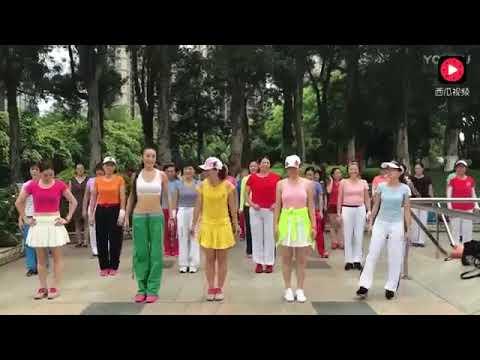 Ad thề ad chỉ xem mỗi cô quần xanh nhảy thôi - Thời lượng: 4:06.