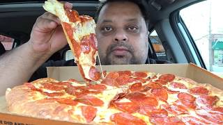 Video Eating Pizza | ExtraMostBestest Stuffed Crust MP3, 3GP, MP4, WEBM, AVI, FLV Juli 2018