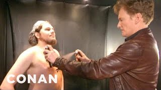 Video Conan Visits A Spray Tanning Salon & Gets A Weave - CONAN on TBS MP3, 3GP, MP4, WEBM, AVI, FLV Juli 2019