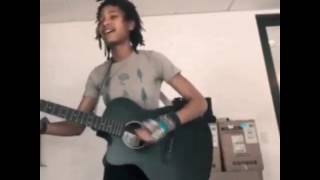 Willow Smith - don't usually play steel strings but whatevs