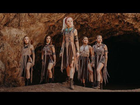 Lindsey Stirling - Til The Light Goes Out (Official Video)