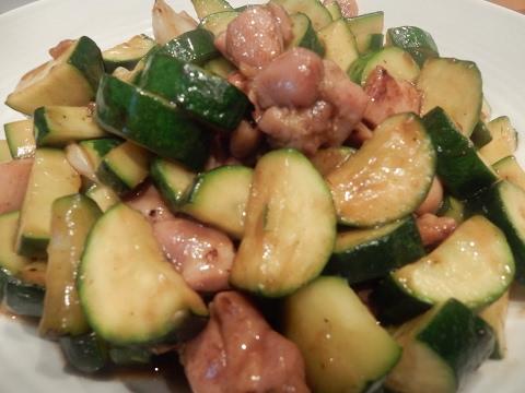 S1Ep4-Chinese Stir-Fry Chicken with Zucchini 西葫芦 炒雞丁