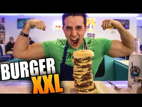 Video MANGER UN HAMBURGER XXL !! download in MP3, 3GP, MP4, WEBM, AVI, FLV January 2017