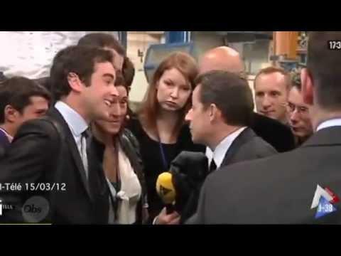 Sarkozy traite un journaliste de
