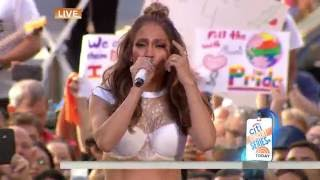 HD Jennifer Lopez Love Make the World Go Round feat Lin-Manuel Miranda Live - YouTube