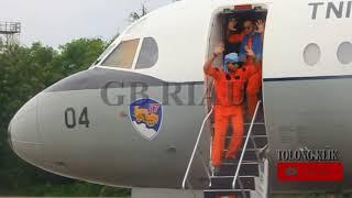 Video TNI AU TURUN PAKSA PESAWAT ASING MP3, 3GP, MP4, WEBM, AVI, FLV Agustus 2018
