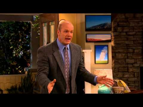 Good Luck Charlie 4.10 (Clip)