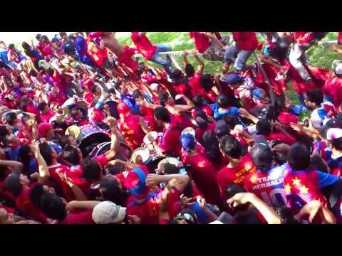 LA TURBA ROJA ALENTANDO A CD FAS EN OPICO - Turba Roja - Deportivo FAS