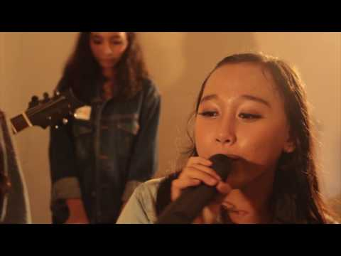 Cover Ran Tak Jauh Jauh by SMAN 4 MALANG #BEKASJADIPENSI #OLX