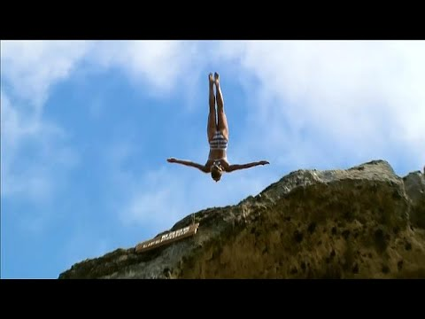 Cliff Diving: Βουτιές από ψηλά στην Πορτογαλία