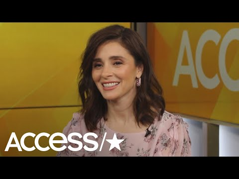 Shiri Appleby Returns To 'Roswell' 20 Years Later As Director: Why She Loves The New Liz | Access