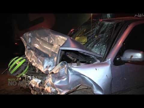 Colisão frontal entre dois veículos deixa dois feridos