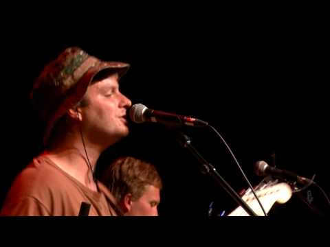Mac DeMarco - The Way You'd Love Her (eTown Webisode #1092)