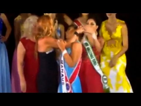 miss seconda classificata strappa la corona alla vincitrice