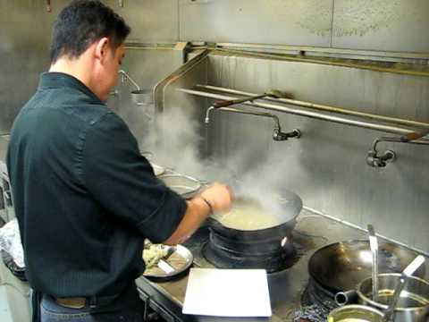 thai chef soh..pad thai in less than 2 minutes