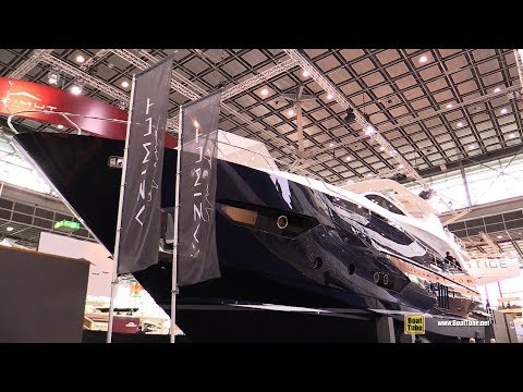 Video 2018 Azimut Grande 95 RPH Luxury Yacht - Walkaround - 2018 Boot Dusseldorf Boat Show download in MP3, 3GP, MP4, WEBM, AVI, FLV January 2017