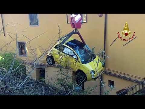 VIDEO VIGILI DEL FUOCO - RECUPERO AUTO