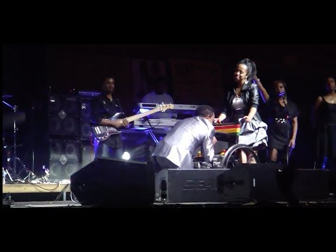 Very Amazing And Emotional Tribute To Tilaun Gesese By Teddy Afro In Washington D.C