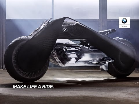 BMW發表這款最新「永不會翻車智慧型機車」安全到不用戴安全帽,目鏡的使用方法太科幻了!