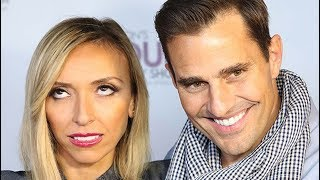 Video Weird Things Everyone Ignores About Giuliana And Bill's Marriage MP3, 3GP, MP4, WEBM, AVI, FLV September 2018