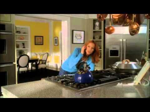 desperate housewives - gabrielle fa la torta capovolta all'ananas