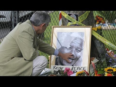 crowds - South Africans are contemplating a future without Nelson Mandela after the death of the country's... euronews, the most watched news channel in Europe Subscr...