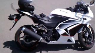 11. Part 1 - 2011 Kawasaki Ninja 250r SE Review
