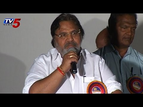 Dasari Narayana Rao Blasts on Tollywood Industry : TV5 News